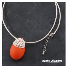 Živé šperky - Náhrdelník Slza oranžový s trvalými bílými květy