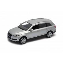 Welly Audi Q7 model 1:24 stříbrný