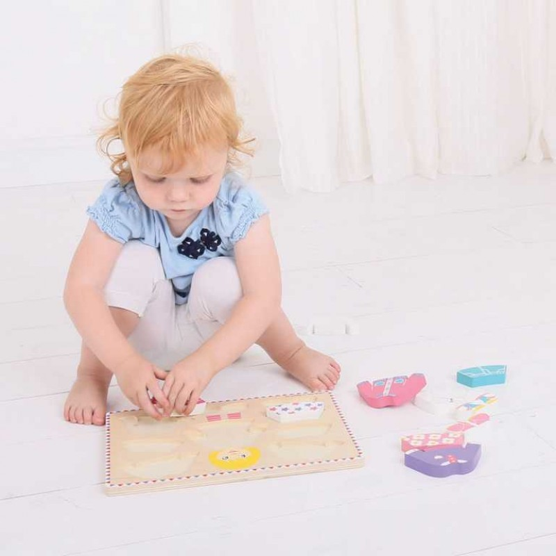 Bigjigs Baby Oblékací puzzle holčička