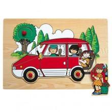 Dřevěné vkládací puzzle rodinné auto červené