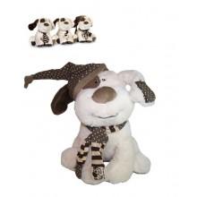 Plyšový pes sedící s čepicí 22cm